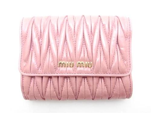 マテラッセWホック財布 ピンク カーフ型押し