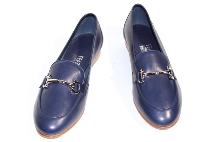 Salvatore Ferragamo フェラガモ ローファー 革靴 レディース8ハーフ 約26cm ネイビー レザー 【200】