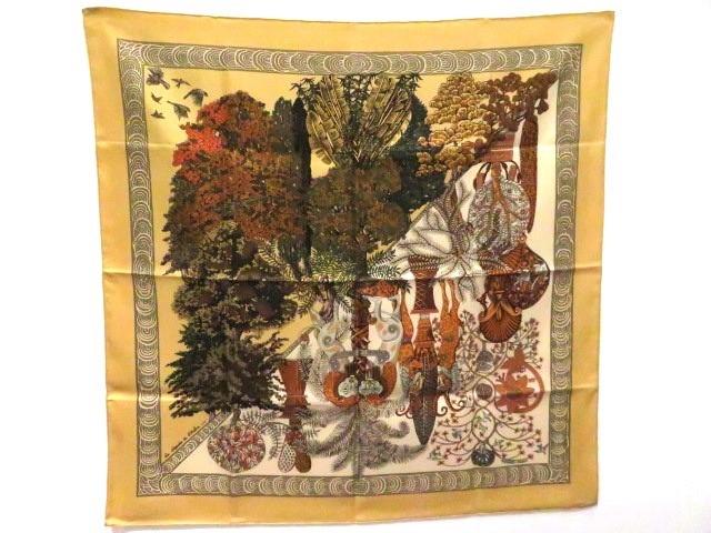 HERMES エルメス 衣料品 スカーフ カレ90 Legendes de L'Arbre (木の伝説) イエロー系 シルク100%【473】