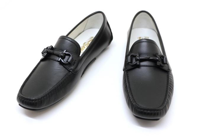 Salvatore Ferragamo フェラガモ 革靴 ドライビングシューズ モカシン レザー ブラック 6ハーフ 約24cm 【200】